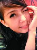 周杰伦嫩模女友昆凌卖萌生活自拍照