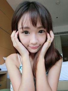 小清新美女陈怡君生活照