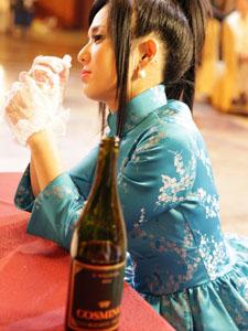 苍井空妩媚旗袍写真性感身段秀出来