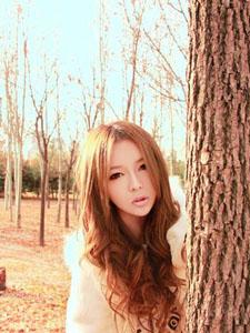 氧气女生裴紫绮的银杏树情怀
