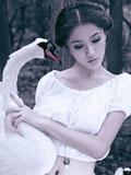 美女王熙然最新写真天鹅之恋