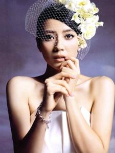 高圆圆婚纱系列写真图片