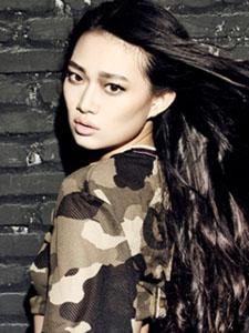 崔天琪时尚性感迷彩写真大片