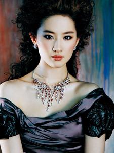 刘亦菲清纯靓丽写真