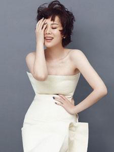 海清时尚杂志写真曝光 率性干练不失柔美