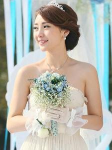 电视剧《咱们结婚吧》柳岩婚纱唯美剧照