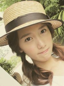 韩国少女时代林允儿素颜照