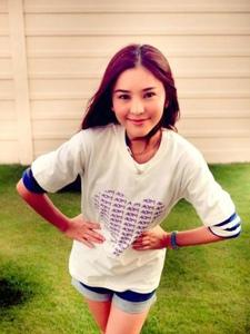 泰国爱笑女孩李海娜