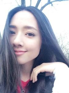 长发美女郭碧婷生活私房照