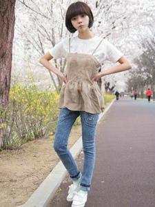 韩国童颜MM郑惠媛街拍照