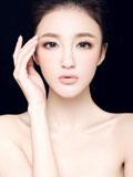 刘雨欣高清美妆大片 性感锁骨白皙肌肤