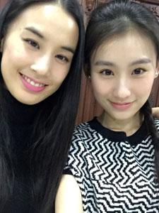黄圣依王婉中合影 清纯靓丽像极了双胞胎姐妹