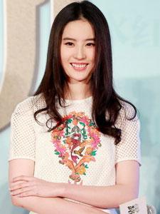 神仙姐姐刘亦菲为新作宣传 白色套装显清纯