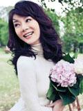 陈数赵胤胤结婚周年纪念写真 牵手漫步尽享二人世界