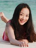 韩雪浪漫海滩写真清新淡妆宛如邻家女孩