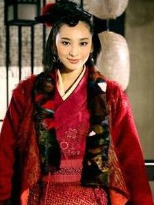 红衣美女吴佩慈