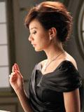 贾静雯为周大福拍写真显贵妇气质