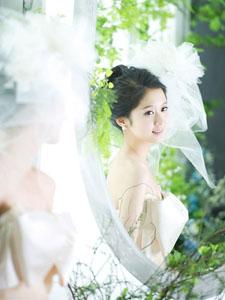 张娜拉结婚唯美婚纱照片 温婉小女人柔美恬静