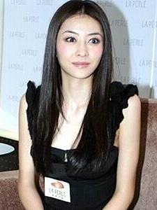 郭富城公开熊黛林女友地位 熊黛林活动高清特写图片