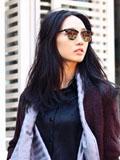 白百何冬装街拍搭配技巧 时尚女人可爱一面