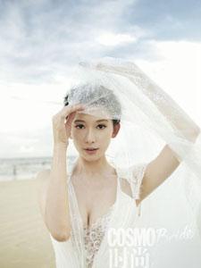 林志玲浪漫白婚纱写真 女神深情下跪求婚黄渤