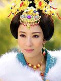 杨怡《后宫》华美剧照 再现深宫女人勾心斗角