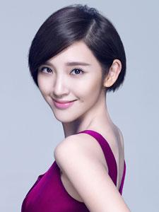唐艺昕新年写真 短发配紫裙时尚靓丽