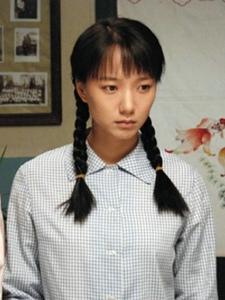 电视剧《山楂树之恋》王珞丹清纯剧照