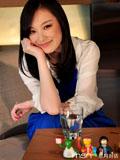 倪妮清纯着装迷人笑容