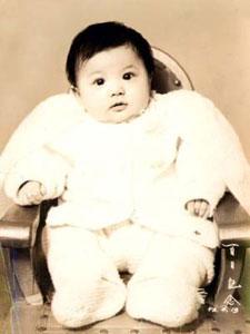 张瑞希幼时清新萌照