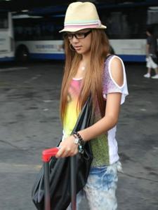 谈莉娜机场时尚街拍照