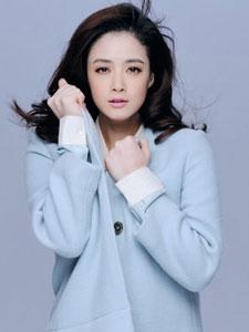 蒋欣秋季时尚写真 冷艳傲人超吸睛