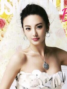 张雨绮演绎时尚新娘