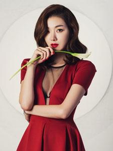 韩国女演员苏怡贤性感诱惑写真