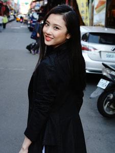 谋女郎张慧雯台湾街拍 青春活力十足
