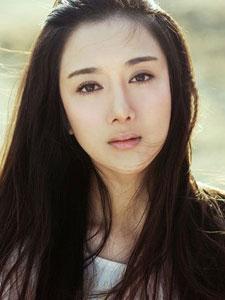 演员李依晓