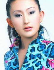 赵文卓老婆张丹露性感写真