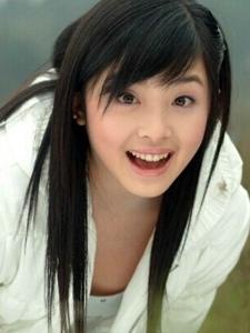中国清纯美少女歌手张含韵