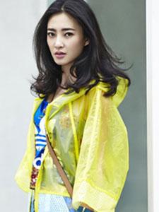 王丽坤时尚优雅街拍图片