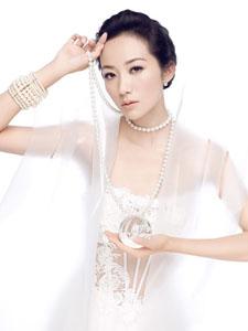 韩雪魔幻新娘婚纱写真 黑暗+纯白双面魅力
