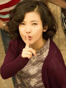 《重返20岁》杨子姗与大妈一起跳广场舞