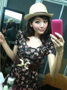 郭雪芙微博否认牵涉李宗瑞 甜美可爱生活素颜自拍照