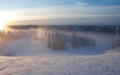 宁静美丽的雪地