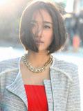 刘云红裙杂志写真显好身材