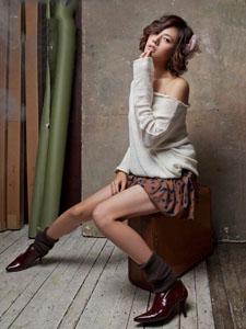 秋瓷炫时尚性感写真