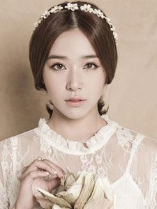 阚清子韩国写真 蕾丝裙装清纯可人