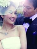 杨千嬅甜蜜拍婚纱照 与丁子高幸福相拥