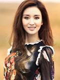 演员张萌典雅轻熟女写真 多面造型率性洒脱