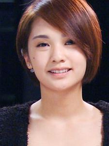 杨丞琳为演唱会彩排可爱教主转型做成熟美女