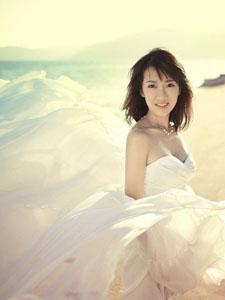 李念嫁富豪老公林和平 浪漫唯美婚纱照
